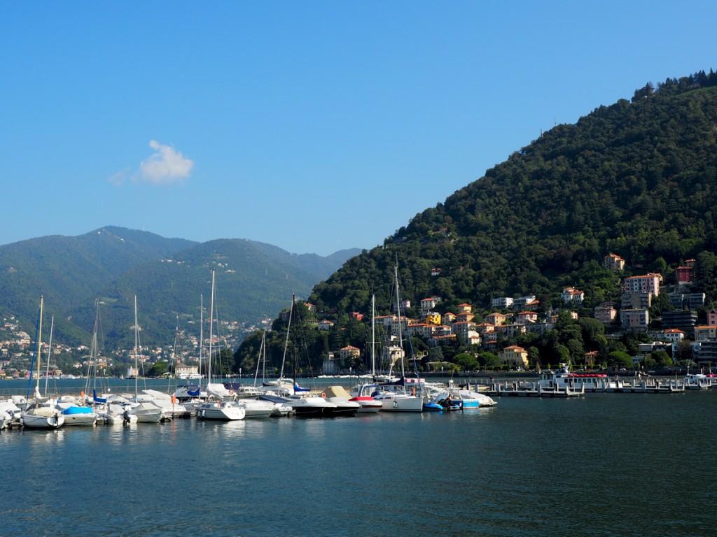 In Como am Comer See - Uferpromenade und Hafen