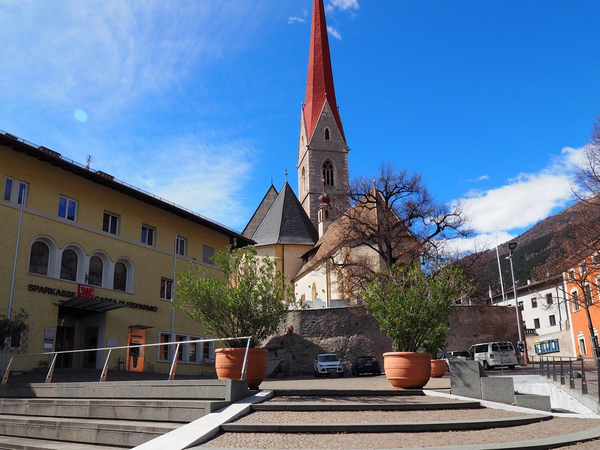 Pfarrkirche Maria Himmelfahrt in Schlanders, Südtirol