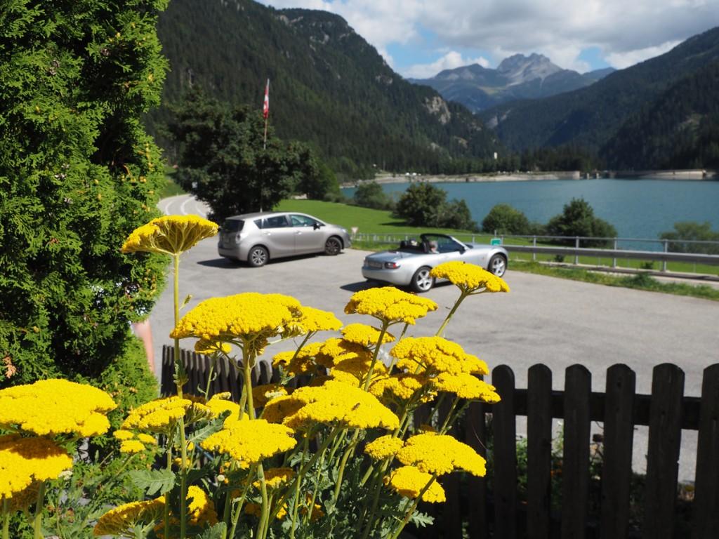 Am Stausee Sufers in Graubünden - Schweiz