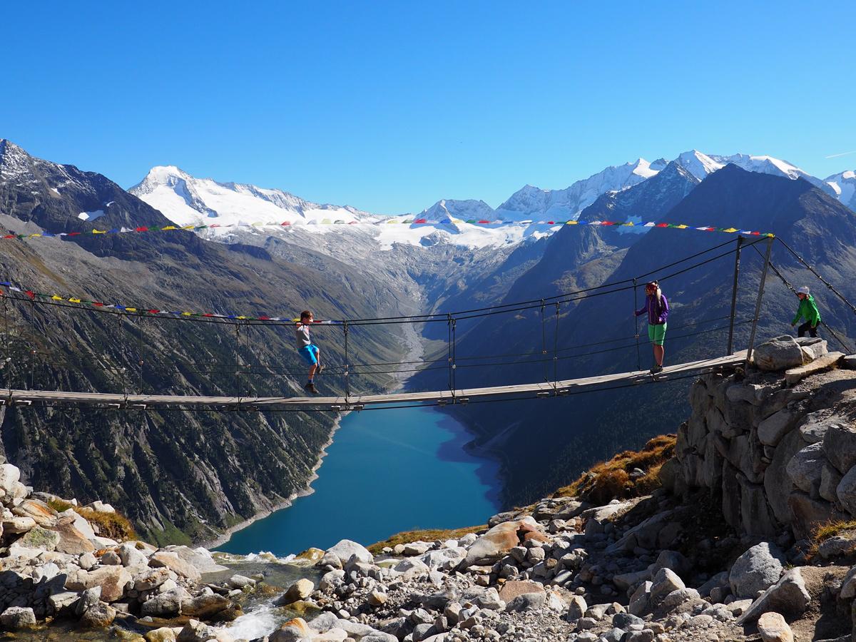 Wandern im Zillertal - Hängebrücke Olpererhuette - Schlegeisspeicher
