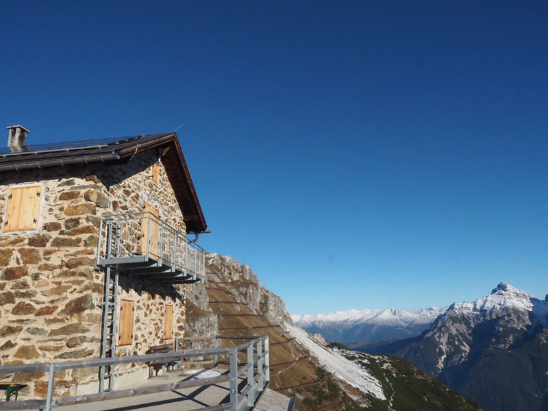 Stubaital - Starkenburger Hütte