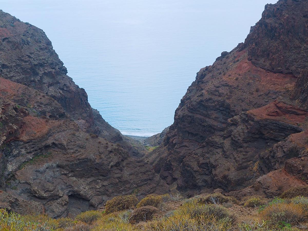 Wandern zum Guigui Strand auf Gran Canaria