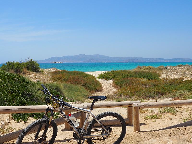 Plaka Beach - Radtour