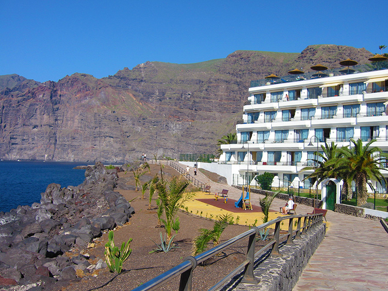 Teneriffa - Hotel Barcelo Santiago, Promenade