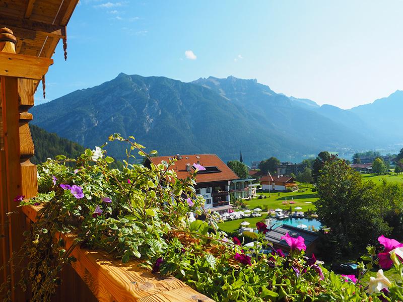 Alpenhotel Tyrol - Balkon, Ausblick