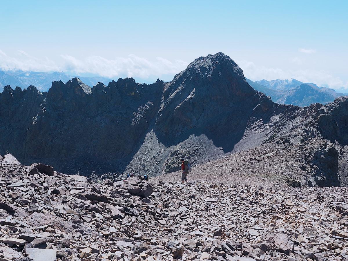Wandern auf dem GR20 vom Monte Cinto zum Refuge Tighiettu