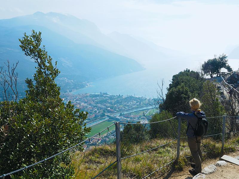 Gardasee - Monte Brione, Ausblick auf Riva del Garda