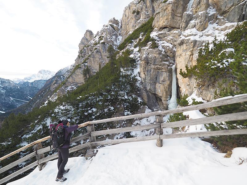 Winterwandern Drei Zinnen Blick - Rienzboden, Wasserfall