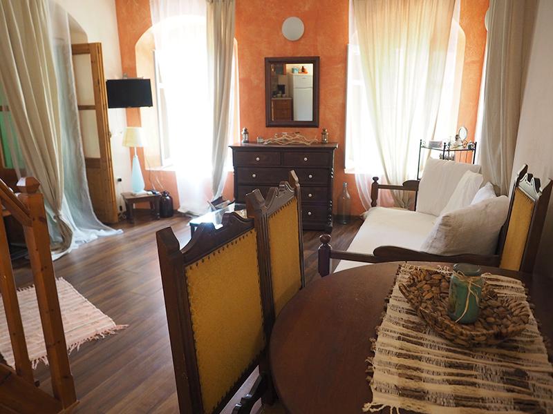 Symi - Sokratis Apartment - Wohnzimmer