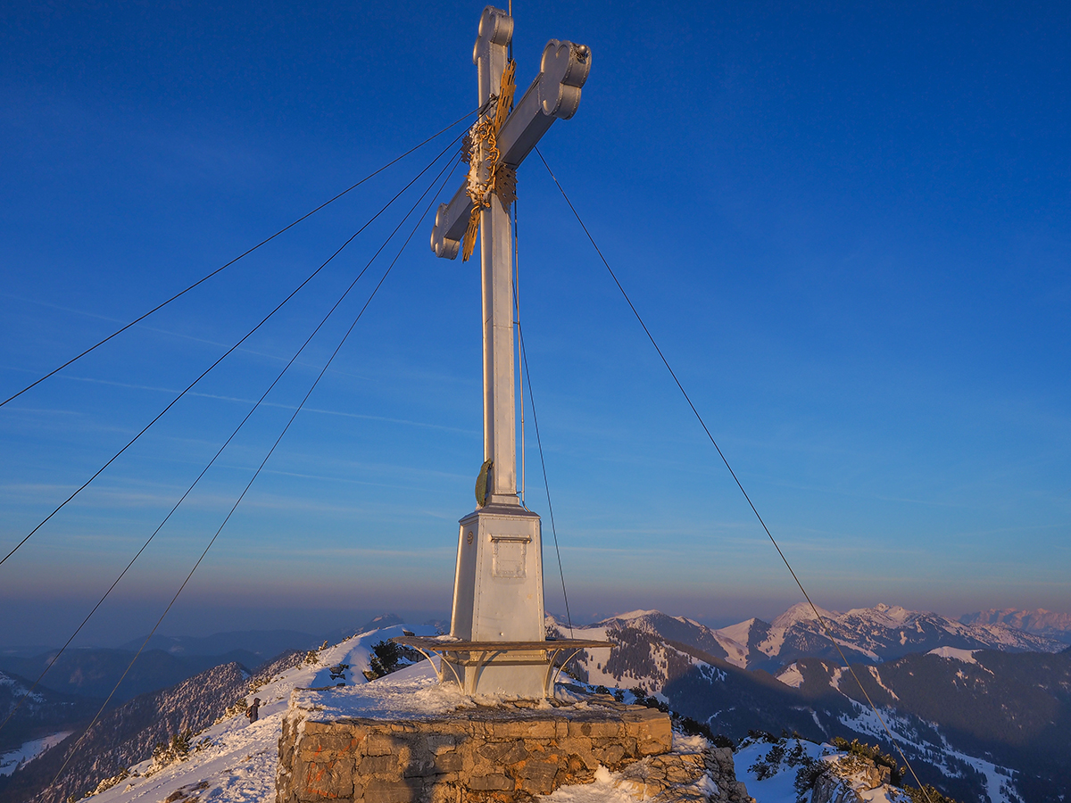 Winterwandern Tegernsee - Wallberg, Gipfelkreuz