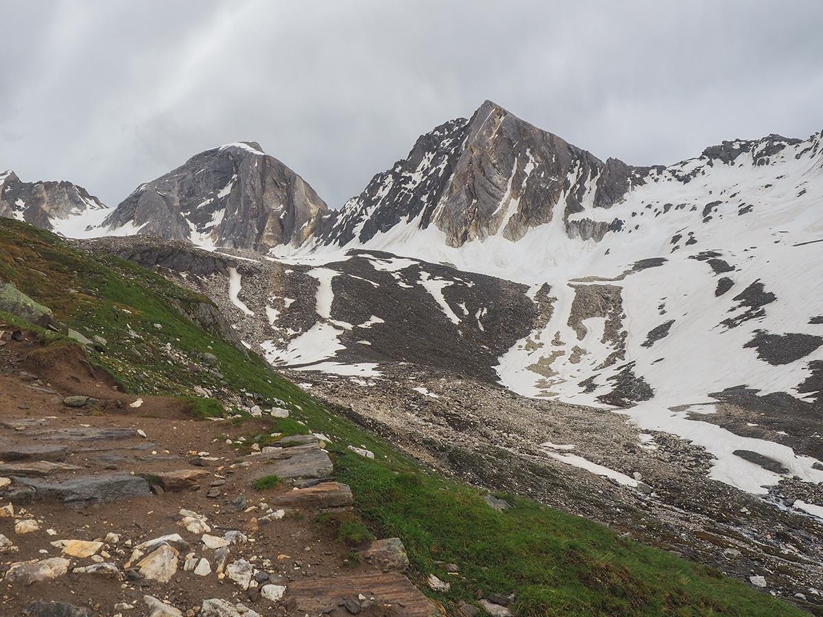 Meraner Höhenweg Wandern - Aufstieg Eisjoch