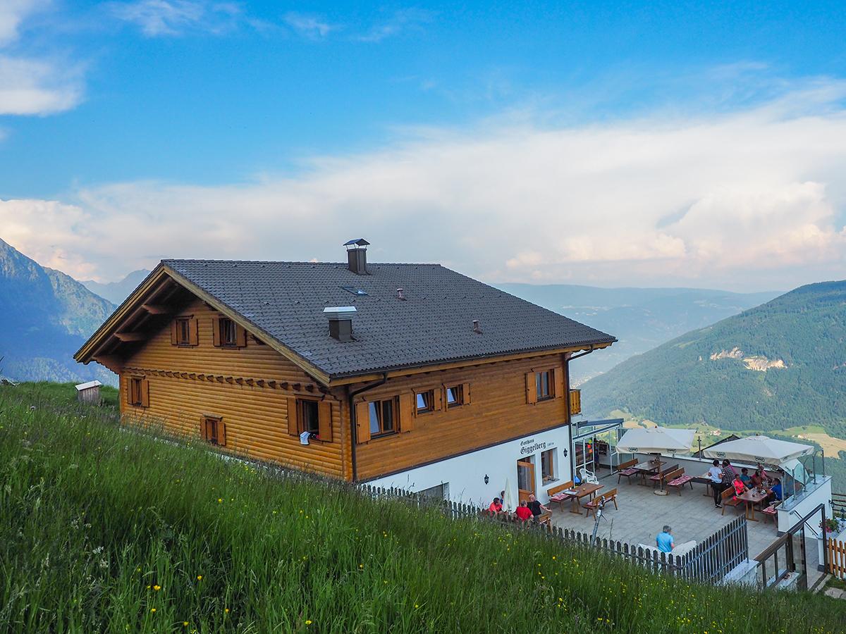 Meraner Höhenweg Wandern - Gasthaus Giggelberg