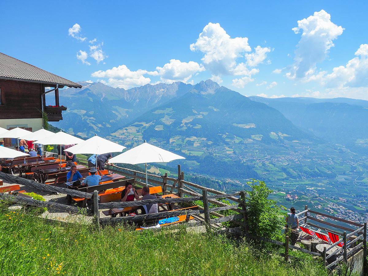 Wandern Meraner Höhenweg - Gasthof Hochmuth
