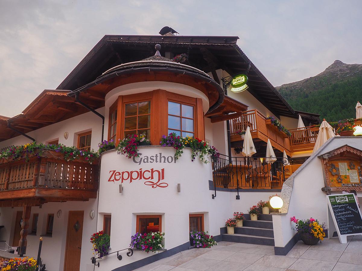 Meraner Höhenweg Wandern - Pfelders, Gasthof Zeppichl