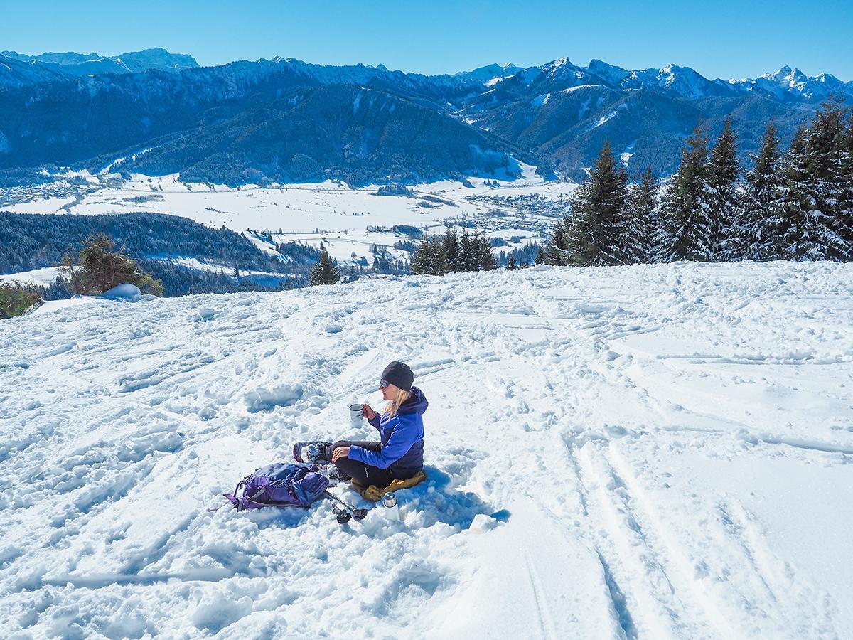 Wanderurlaub im Winter in Bayern - Schneeschuhwandern Hörnle