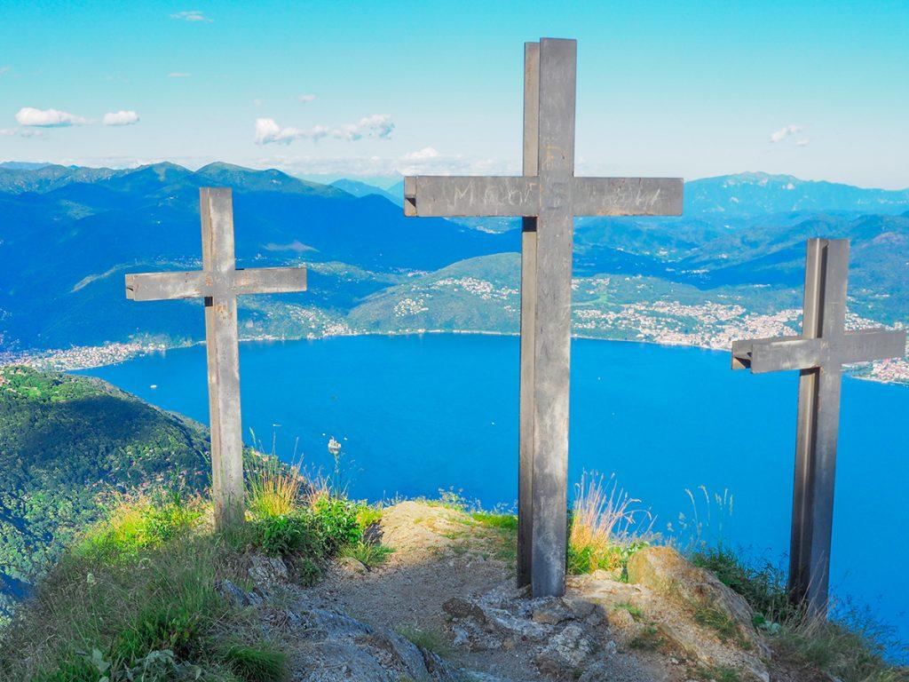Wandern Lago Maggiore, Cannero - Cima di Morissolo Gipfelkreuze