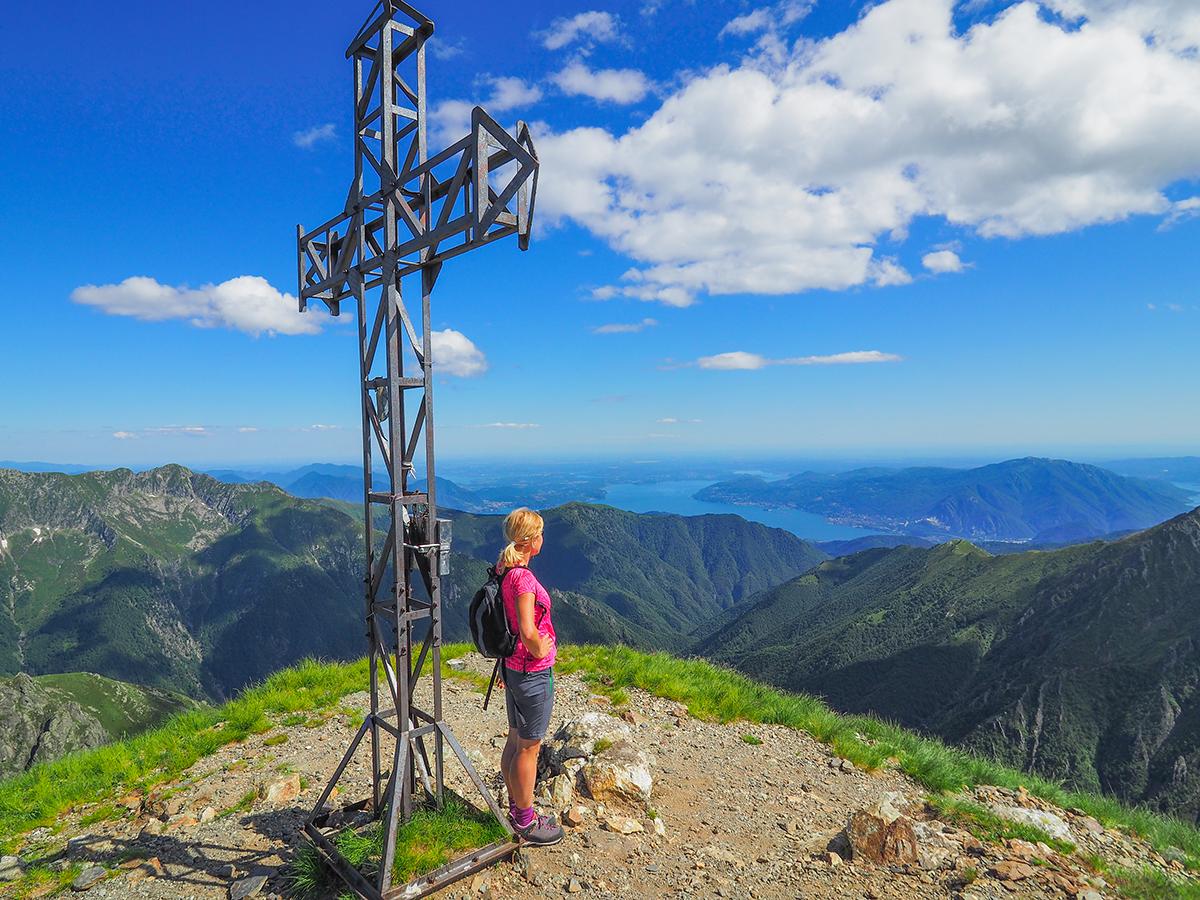 Wandern am Lago Maggiore, Cima della Laurasca, Gipfelkreuz