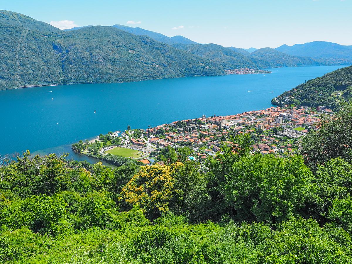 Wandern am Lago Maggiore, St. Agata - Ausblick auf Cannobio