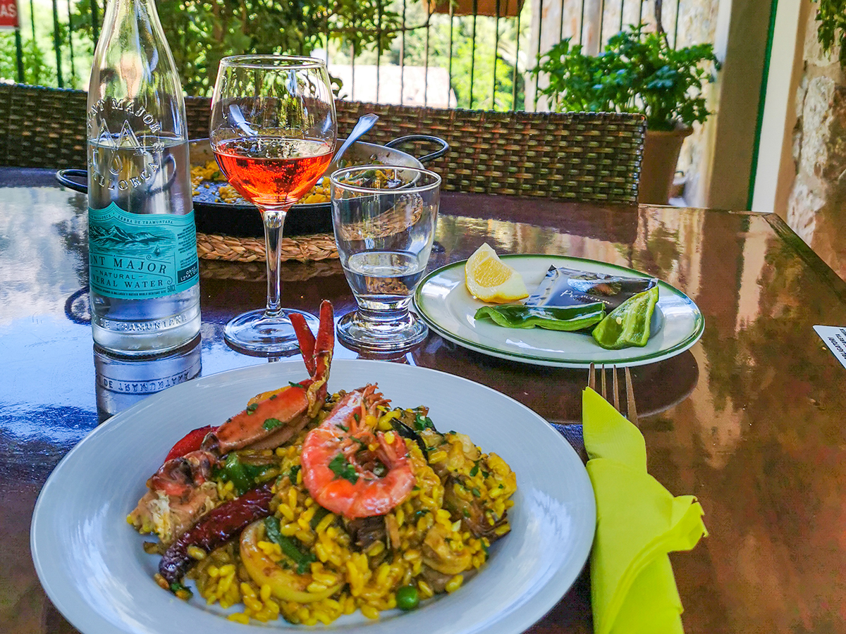 Mallorca Radreise - Restaurant Es Turo in Fornalutx
