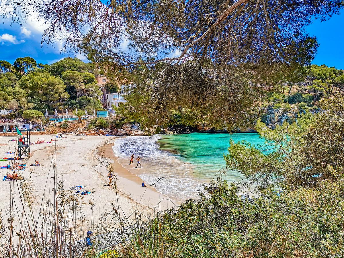 Mallorca Radreise - Cala Santayi, Strand