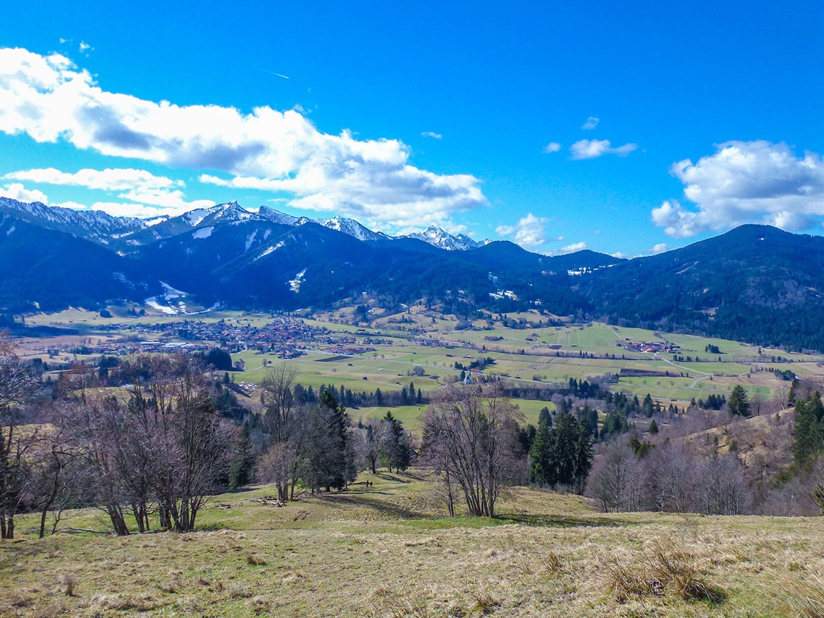 Meditationsweg Ammergauer Alpen - Hörnle im Frühling