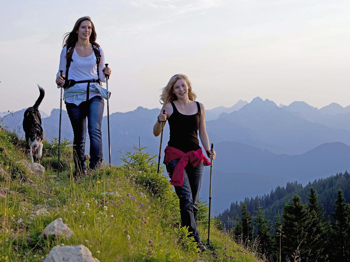 Meditationsweg Ammergauer Alpen - Wanderer